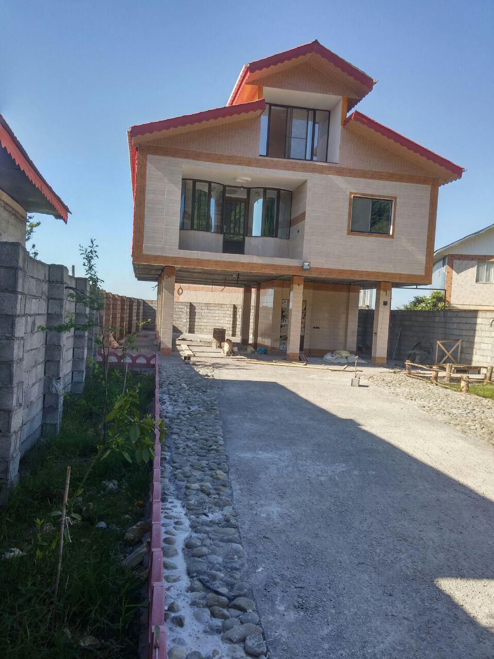 فروش ویلا با سند مساحت ۳۲۰ متر لاهیجان