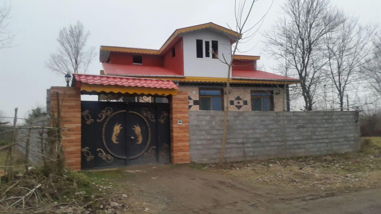 فروش ویلا ۱۰۰ متری با ۵۰۰ متر زمین لاهیجان
